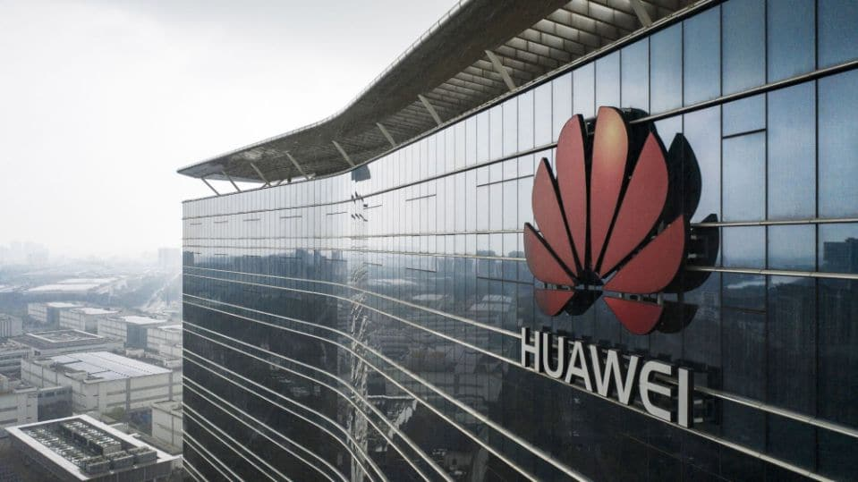 Huawei Plans to Make EVs After U.S. Sanctions