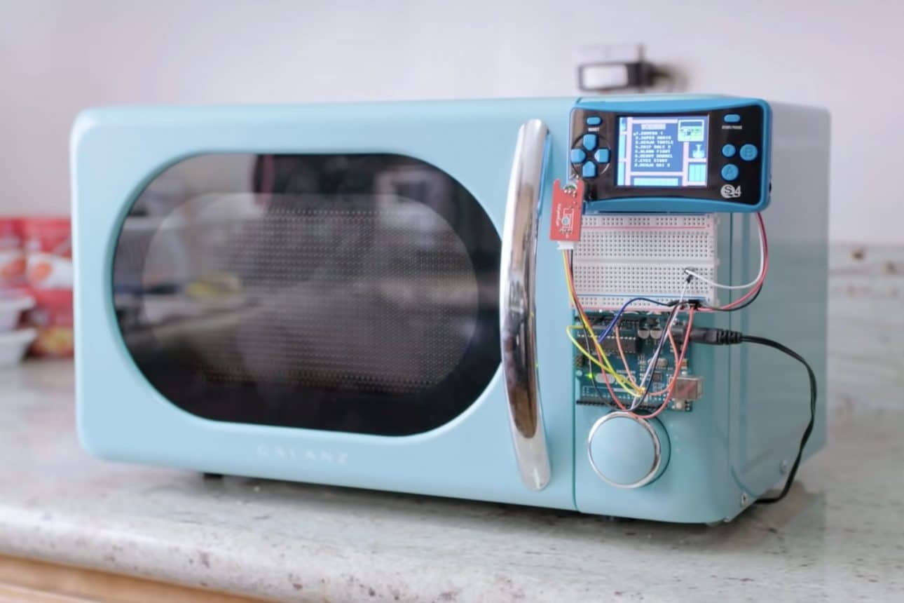Allen Pan's Arduino-Controlled Microwave Only Works While Gaming