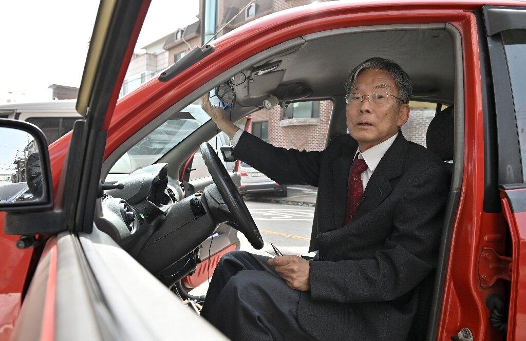 Han Min-Hong, The Professor who Built a Self-Driving Car Decades Ago