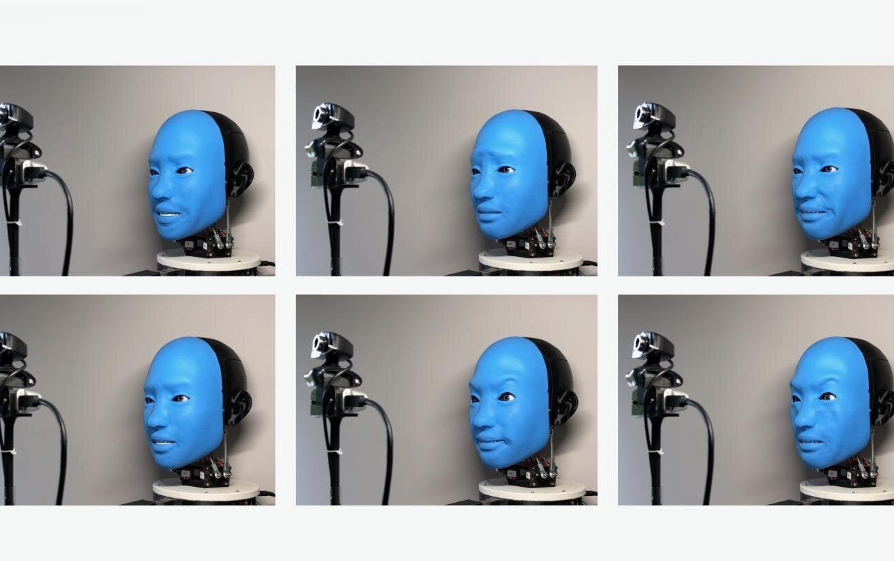 Researchers Create a Robot That Smiles Back