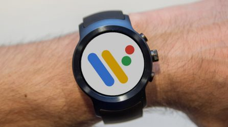 Google's Wear Smartwatch Software Update List is short, And the Wait is Long