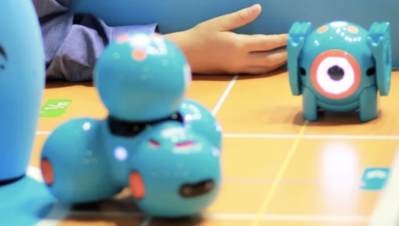 Libraries in Surrey now Loan Robot Kits for Kids Who Want to learn to Code