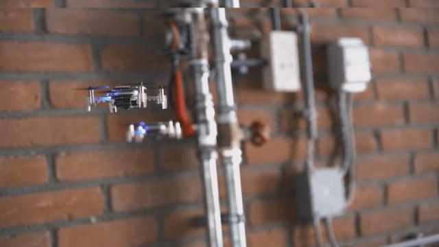 Swarm of Autonomous Tiny Drones Can Localize Gas Leaks